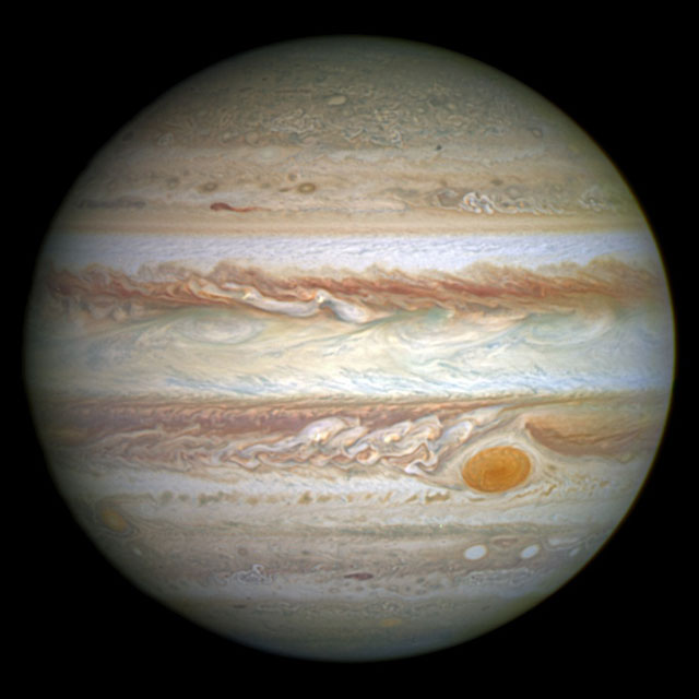 jupiter_and_its_shrunken_great_red_spot